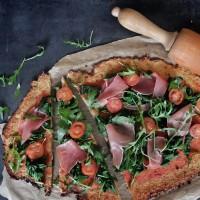 bloemkoolpizza met spinazie