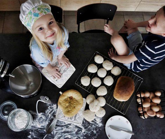 recept ovenkoeken zelf brood bakken met kinderen